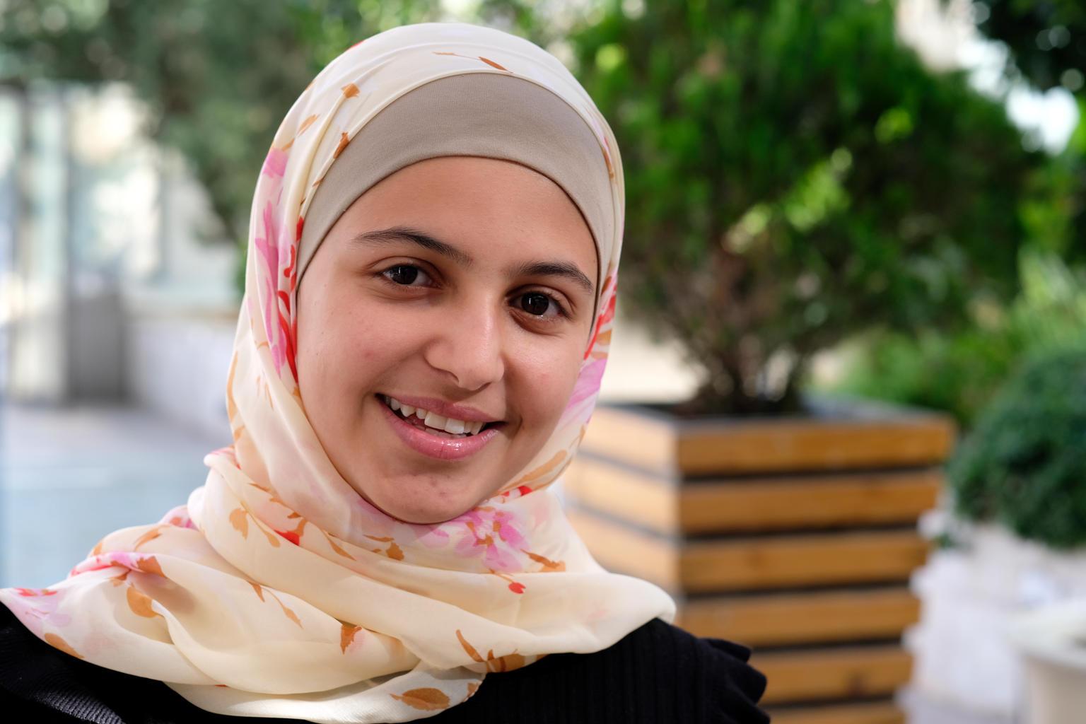 Como conocer mujeres sirias